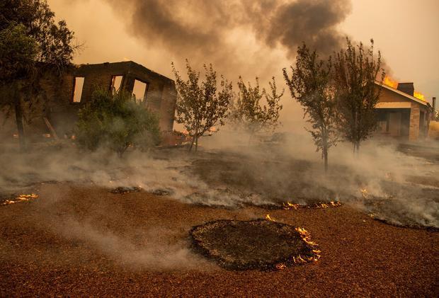Incendio California: evacuazione record di 50mila persone