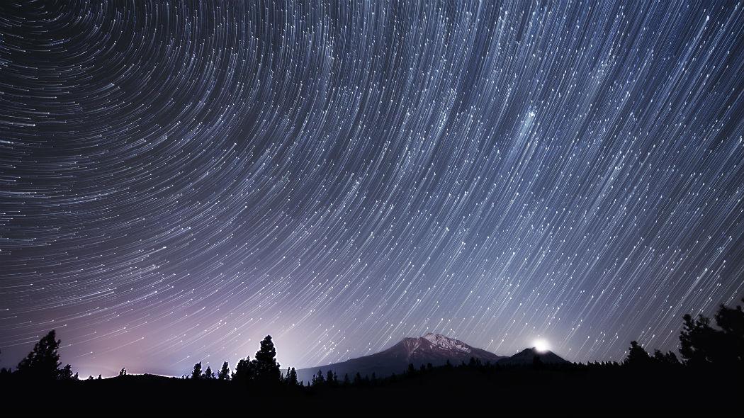 Tempesta meteorica in arrivo: cresce l'attesa per le Alfa Monocerotidi