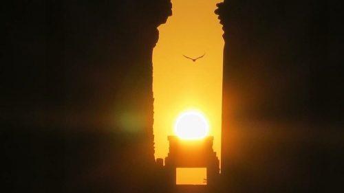 Egitto: il Sole del solstizio si allinea ai templi Karnak e Hatshepsut
