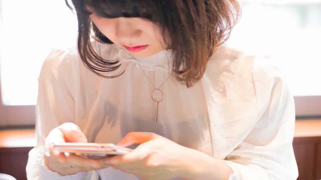 Salute: con smartphone e computer generazioni di gobbi?