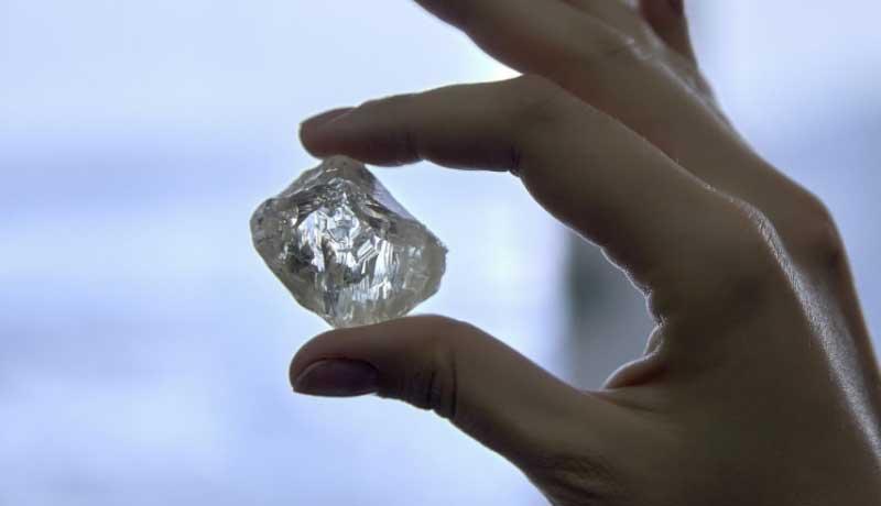 Russia: un diamante di 190 carati scoperto in Siberia