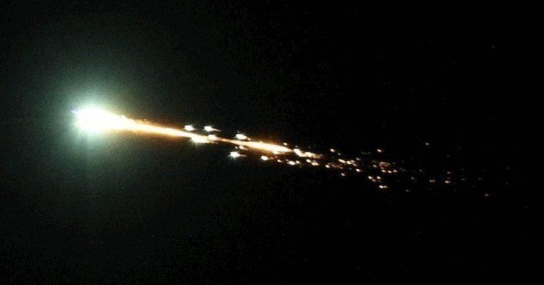 Australia: una 'seconda luna' esplode in cielo