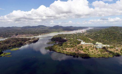 Si abbassa il livello del Canale di Panama: record da 70 anni