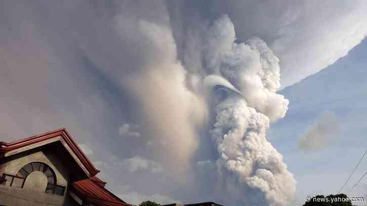 Filippine: la cenere ricopre l'Isola di Luzon. Si teme tsunami vulcanico