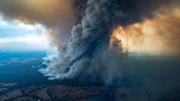 Australia: gli incendi innescano potenti temporali