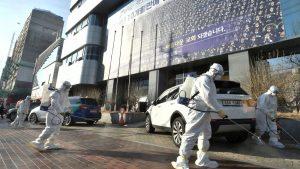 Corea del Sud: boom di casi nel nord est. Chiuse le scuole, cancellati i voli