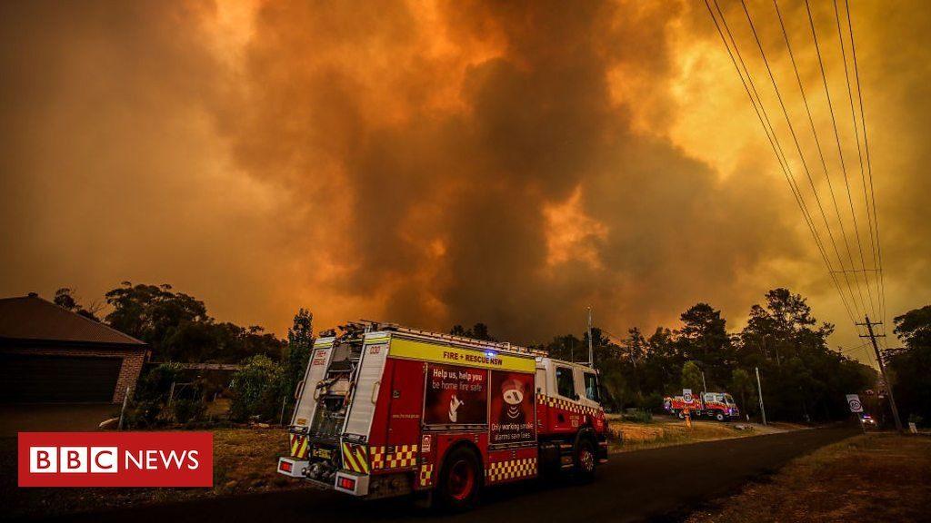 Australia: le piogge spengono un terzo dei roghi