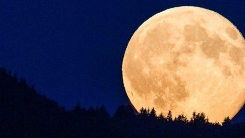 Superluna: il nostro satellite più luminoso e vicino