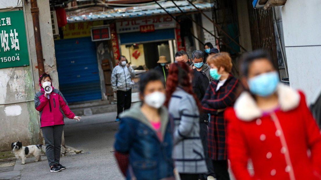 Wuhan: la gente torna in strada dopo settimane di quarantena