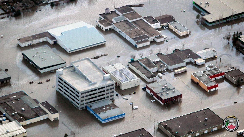 Canada: il ghiaccio si scioglie. Inondazione su Fort McMurray