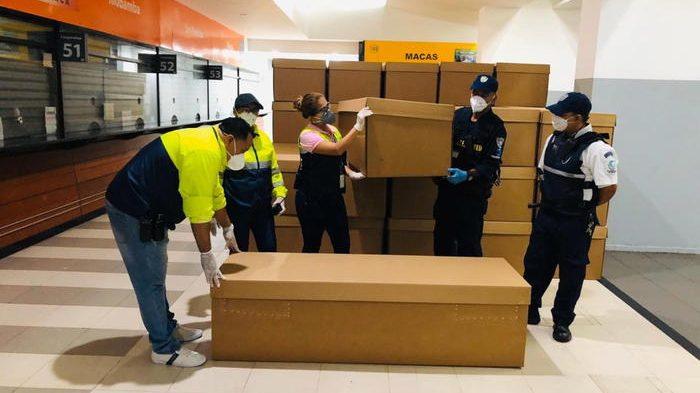 Coronavirus in Ecuador: 4.000 bare di cartone giunte a Guayaquil