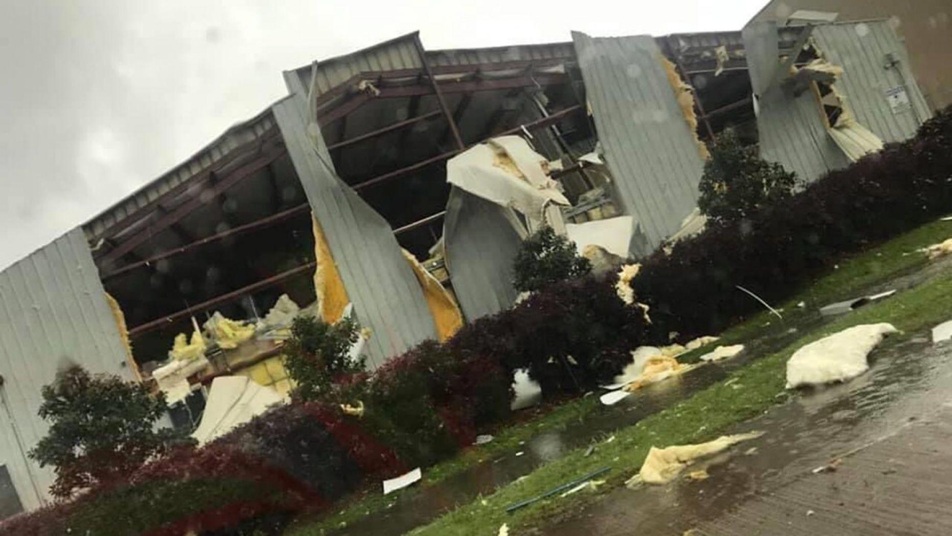 Stati Uniti: 13 tornado tra  Louisiana e Mississippi. Gravi danni