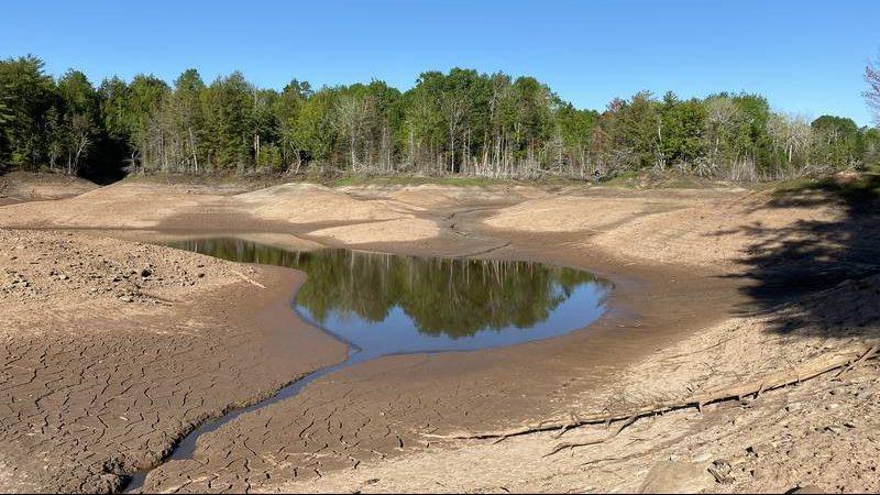 Canada: voragine inghiotte lo Slade Lake