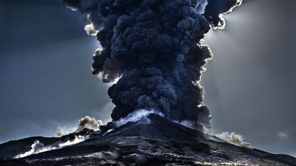 Ecuador: erutta il vulcano Sangay, città ricoperte di cenere