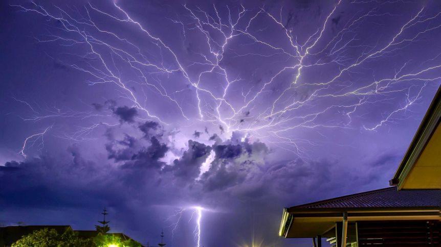 Brasile: registrato fulmine di 700 chilometri. E' record