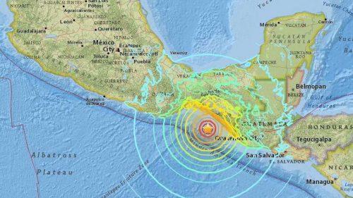 Terremoto 7.4 gradi scuote il Messico: allarme tsunami in Ecuador