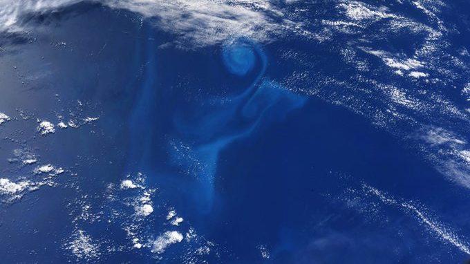 Un vortice oceanico avvistato dalla Stazione Spaziale Internazionale