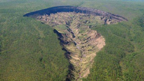 Siberia: la 'Porta dell'Inferno' cresce di 30 metri l'anno