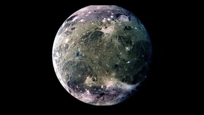 Ganimede fotografato da JUNO: ecco come appare la luna più grande del Sistema Solare