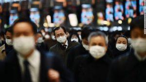 Coronavirus in Giappone: record di contagi. Tokyo vicina allo stato di emergenza