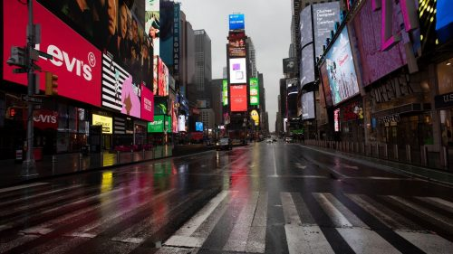 Con il coronavirus 'fuga' da New York: record di case sfitte