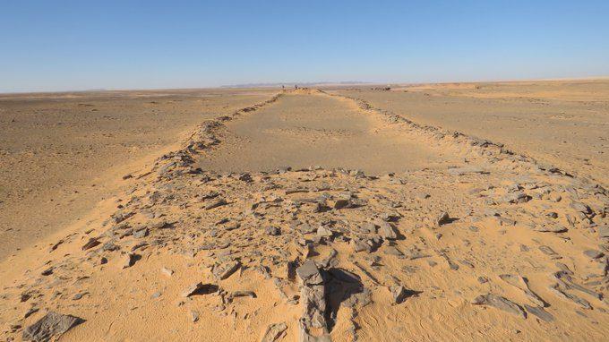 Arabia: studio rivela le funzioni delle misteriose costruzioni rettangolari nel deserto