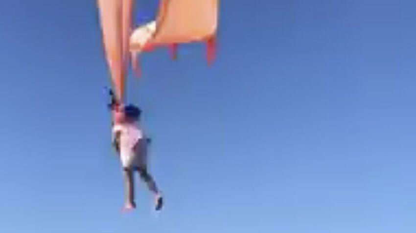 Taiwan: bambina resta impigliata e viene trascinata in aria da un aquilone