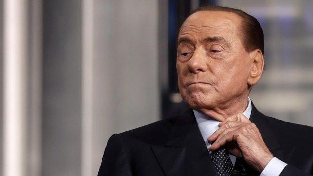 Ricovero di Berlusconi per COVID-19: tracce di polmonite bilaterale