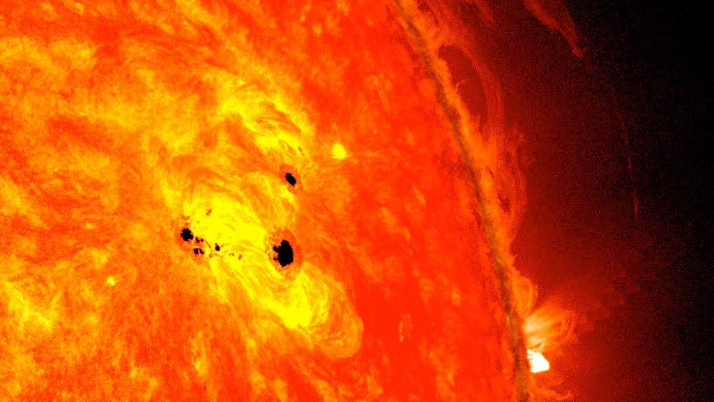 Spazio: è cominciato un nuovo ciclo solare. Aumentano le macchie solari