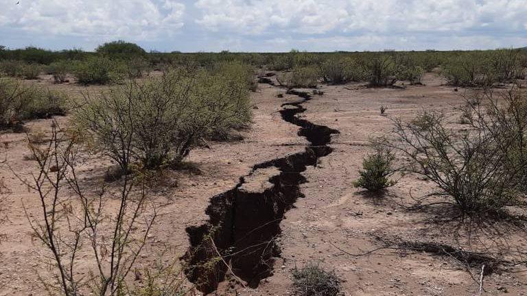 Messico una frattura di oltre due chilometri spaventa la popolazione