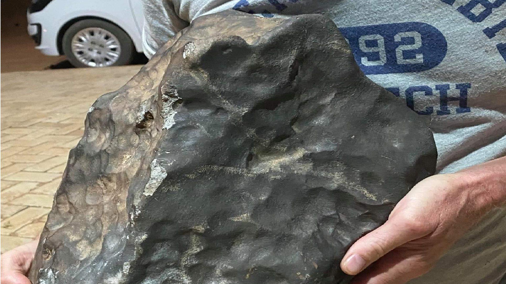 Pioggia di meteoriti in Brasile: danni a Santa Filomena. Sul suolo oltre 200 frammenti spaziali