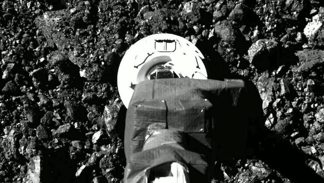 OSIRIS-REx: la sonda 'tocca' la superficie dell'asteroide Bennu