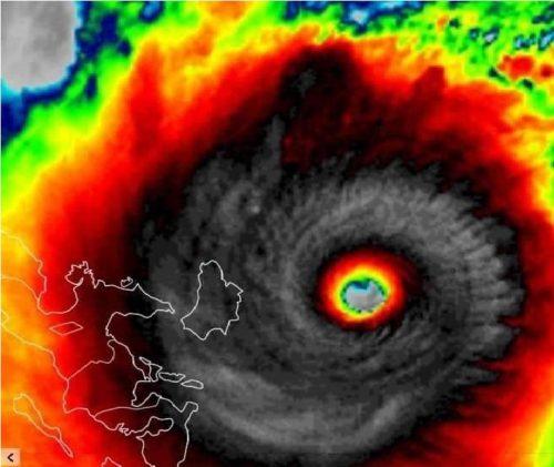 Filippine: il super tifone Goni si avvicina alle coste. Evacuazioni in corso