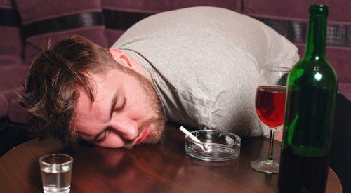 Salute: scoperto un metodo rapido per 'ripulire' il sangue dall'alcol