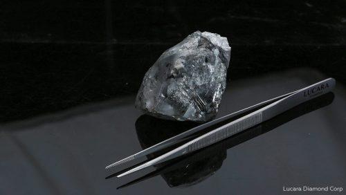 Botswana: scoperto diamante record di 988 carati