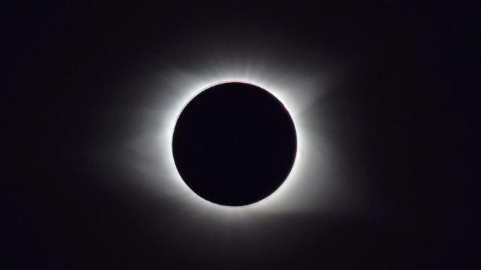 Un'eclissi solare totale oscurerà il Sud America