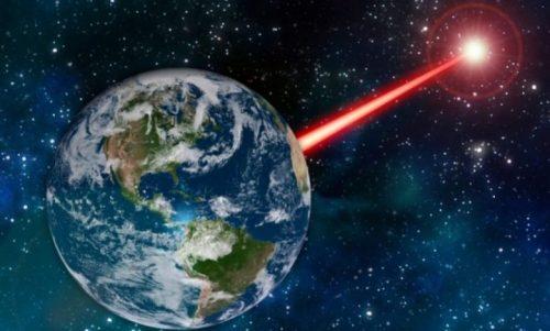 Un laser per attirare l'attenzione delle civiltà aliene. Il progetto del MIT