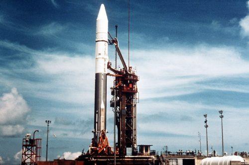 Spazio: razzo degli anni '60 lanciato sulla Luna sta 'tornando' verso la Terra
