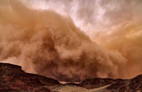 Marte: una colossale tempesta di polvere sta per avvolgere l'intero pianeta rosso