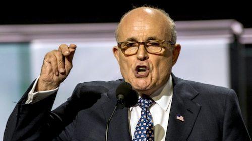 COVID: l'avvocato di Trump Rudy Giuliani positivo e ricoverato in ospedale