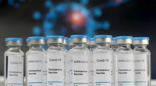 COVID, la FDA sul vaccino Pfizer: 'Efficace e sicuro'