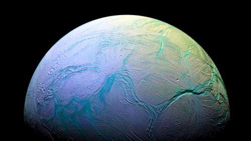Spazio: Encelado ha tutto gli 'ingredienti' per la vita extraterrestre