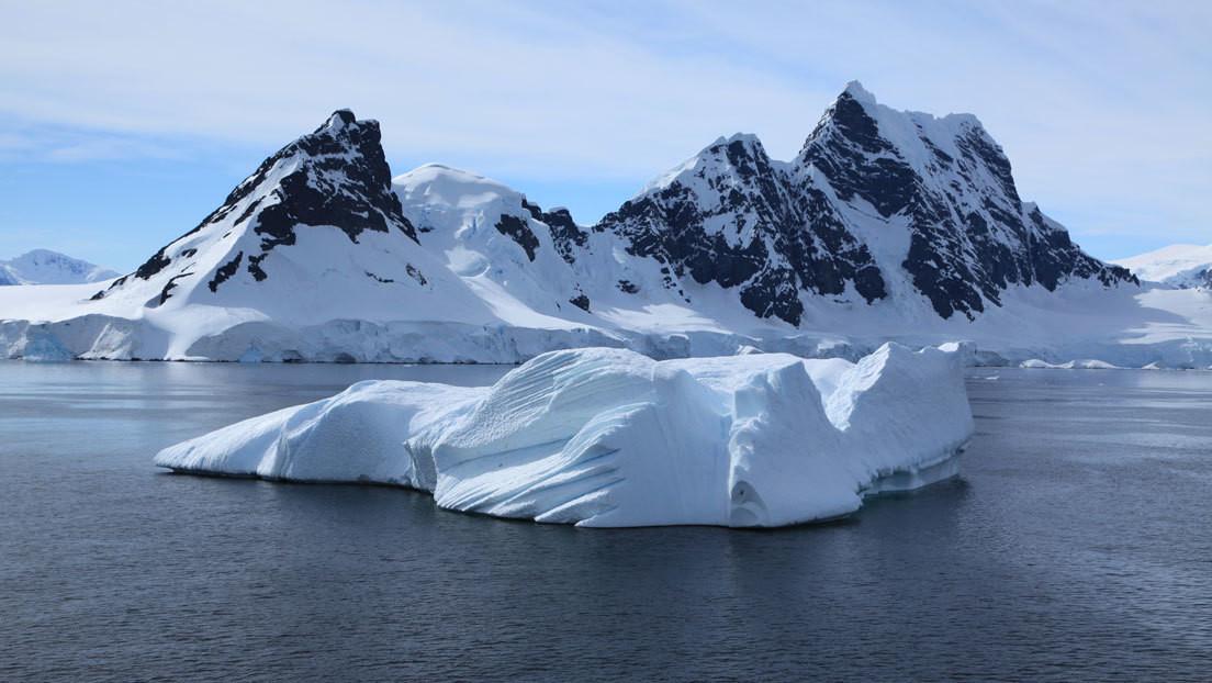 Antartide: un minerale 'marziano' nelle profondità del ghiaccio