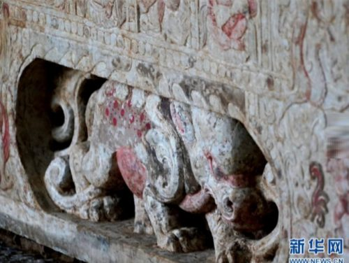 Cina: scoperto tomba e sarcofago con simboli buddisti e zoroastriani