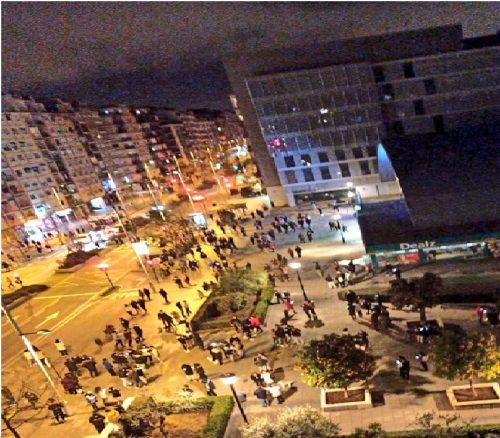 Sequenza sismica nella notte a Granada: gente in strada e tanta paura