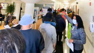 USA: si rompe frigorifero, ospedale costretto a vaccinare 800 persone in due ore