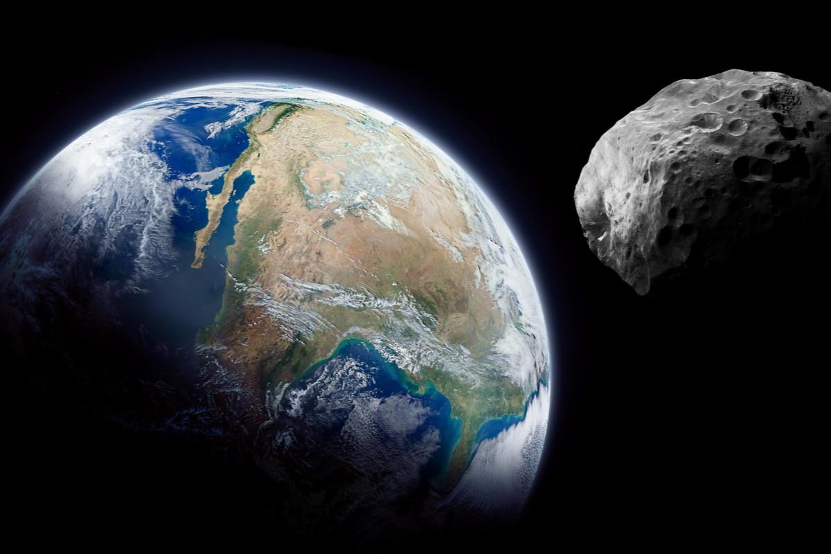 Spazio: un enorme asteroide si avvicinerà alla Terra nel mese di marzo
