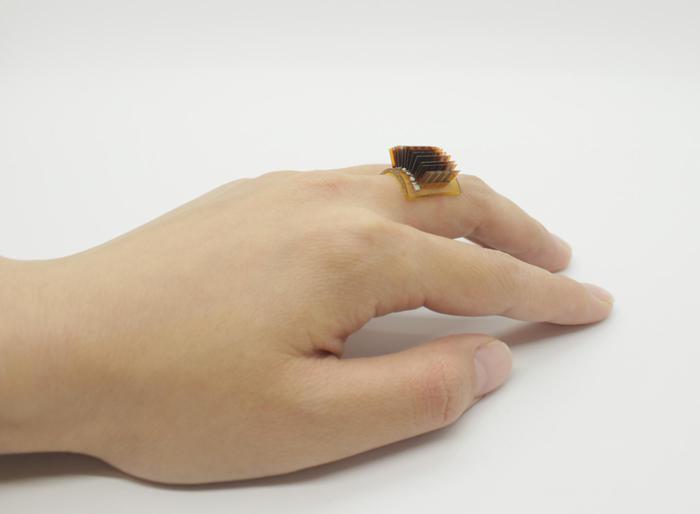 Tecnologia: un dispositivo trasforma il corpo in una batteria vivente