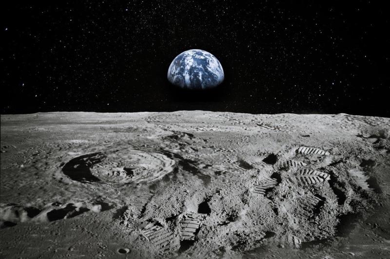Spazio: scoperta pallina golf sulla superficie della Luna