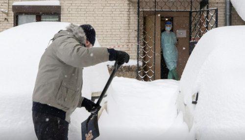 Nevicata storica a Mosca: città paralizzata da accumuli record